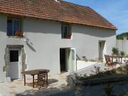 Location gîte, chambres d'hotes Gîte rural et gîte d'étape, grande capacité de 11 à 12 personnes à St Moreil en Creuse (23400) en plein coeur du Limousin.  dans le département Creuse 23