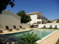 Location gîte, chambres d'hotes Gite du Mas Antonin: l'Abricotier avec piscine chauffée dans le département Gard 30