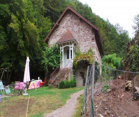 La Crche Camping En Plein Nature  Le Val DAjol