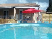 Location gîte, chambres d'hotes Gite avec piscine et grand jardin privat dans le département Hérault 34