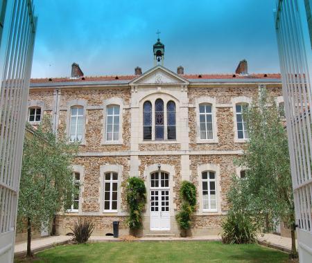 La Maison DOlivier  Ancienne cole  Prs De Du   Mesnard La