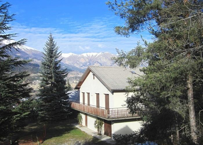 Location maison de vacances chalet 8 personnes villa embrun - Maison chalet des alpes ...