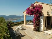 Location gîte, chambres d'hotes VILLA  - CALME ET DÉTENTE - VUE MER PANORAMIQUE EXCEPTIONNELLE dans le département Corse du Sud 2a