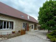 Location gîte, chambres d'hotes  chambres d'hôtes du marronnier, plein coeur de la Bresse Jurrassienne dans le département Jura 39