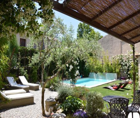 Chambres DHtes De Luxe En Provence  Pernes Les Fontaines