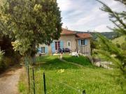 Location gîte, chambres d'hotes Gite dans le lyonnais de 10/12 personnes dans le département Rhône 69