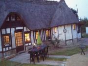 Location gîte, chambres d'hotes Gîte tout confort dans une chaumière dans le département Eure 27