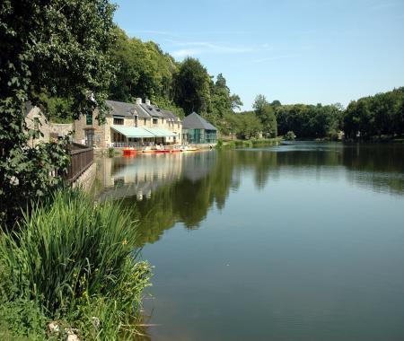 location de particuliers particuliers location vacances en chalet morbihan avec piscine chalet morbihan