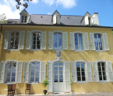 Castel Forgues  Vue Exceptionnelle Sur Les   Juranon