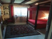 Location gîte, chambres d'hotes Chambre à louer à la nuit , proche de saumur dans le département Maine et Loire 49