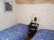 Location gîte, chambres d'hotes Petite chambre lits jumeaux dans le département Tarn 81