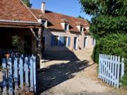 Location gîte, chambres d'hotes Le Vieux Saule Proche de Guédelon- Chambre Bourgogne dans le département Yonne 89