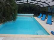 Location gîte, chambres d'hotes Grand gîte à la campagne pour 12 personnes, piscine couverte dans le département Vendée 85