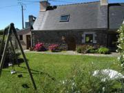 Location gîte, chambres d'hotes Gîte entre mer et chevaux à Plougasnou, labélisé accueil handicapé  dans le département Finistère 29