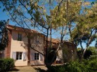 Location gîte, chambres d'hotes Gîtes de charme - Château de la Pascalette dans le département Var 83