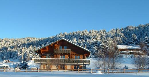 location chalet ski 10 personnes pyrenees