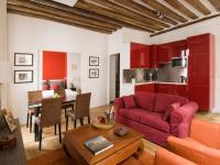 Location gîte, chambres d'hotes Entierement rénové coeur de Paris jusqu'à 4 pers Charme 42m²  dans le département Paris 75
