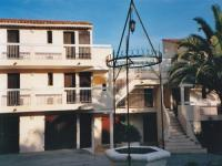 Location gîte, chambres d'hotes Résidence privée, parc Carolus dans le département Var 83